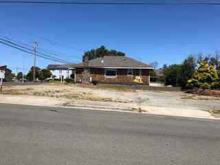 MLS# 1800346 Address: 419 H Street
