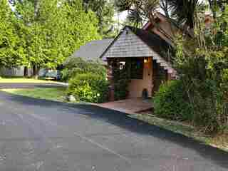 MLS# 1700266 Address: 2554 Howland Hill Road