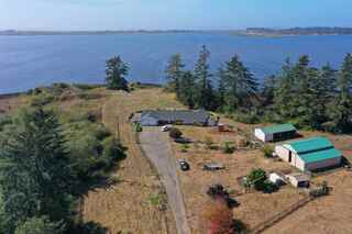 MLS# 200438 Address: 4890 Lake Earl Drive