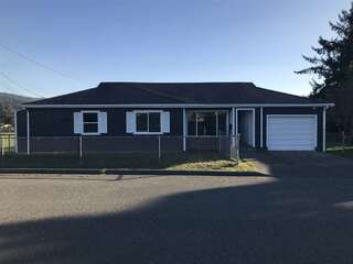 MLS# 200482 Address: 2421 Oliver Avenue